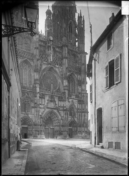 Ancienne cathédrale Saint-Etienne et son cloître