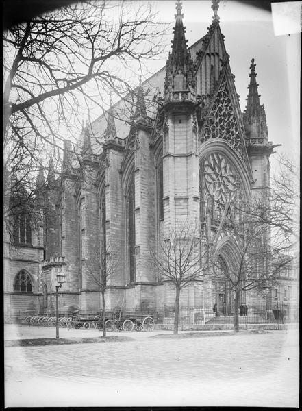 Sainte-Chapelle, ensemble nord-ouest avec portail d'entrée
