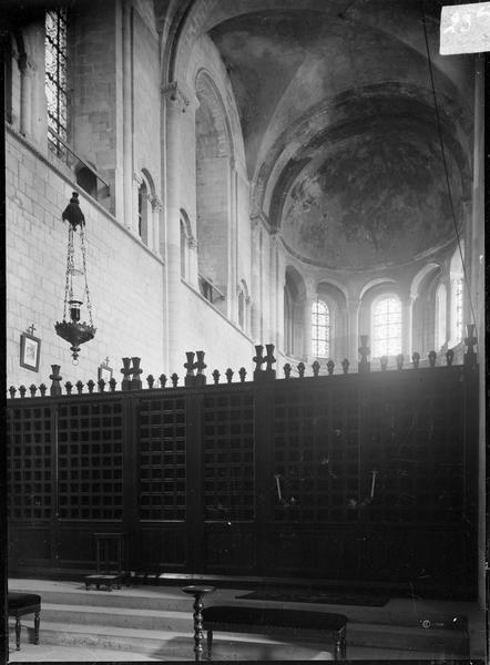 Intérieur : abside depuis le jubé