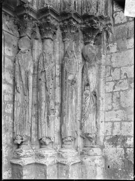 Ebrasement droit du portail ouest