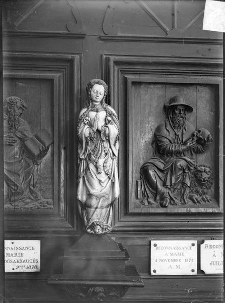 Intérieur : statue de la Vierge de l'Assomption