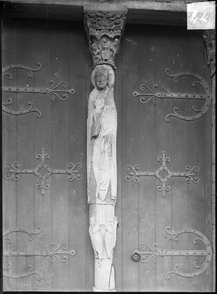 Trumeau du portail ouest