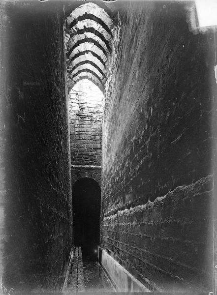 Intérieur : couloir