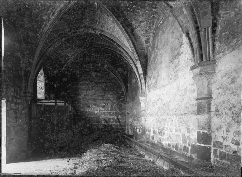 Intérieur : ancienne bergerie