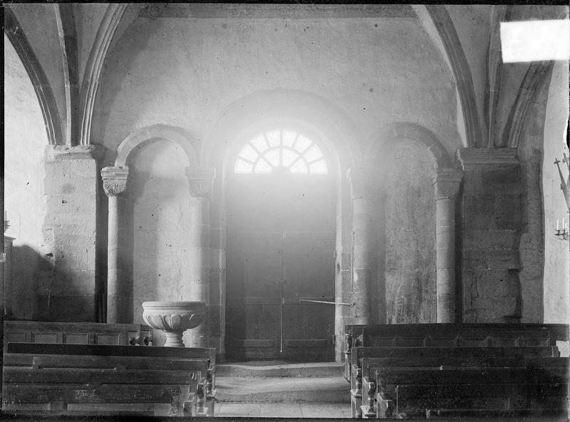 Intérieur : portail