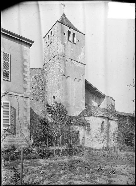 Chevet et clocher à bandes lombardes