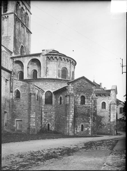Partie du clocher de la croisée et abside, côté sud