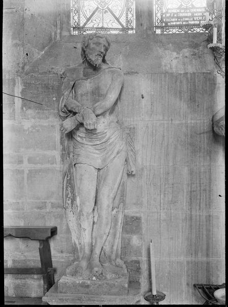 Intérieur : statue du Christ aux liens