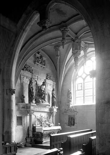 3 statues : Christ de Pitié, Vierge, Saint Jean