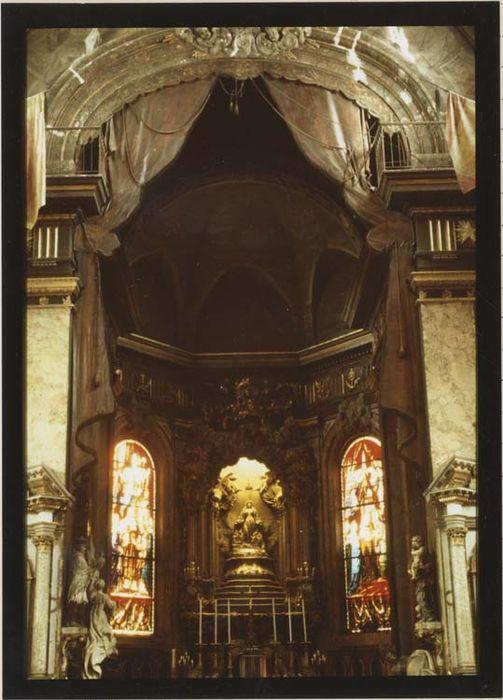 Tentures d'église (draperies du choeur)