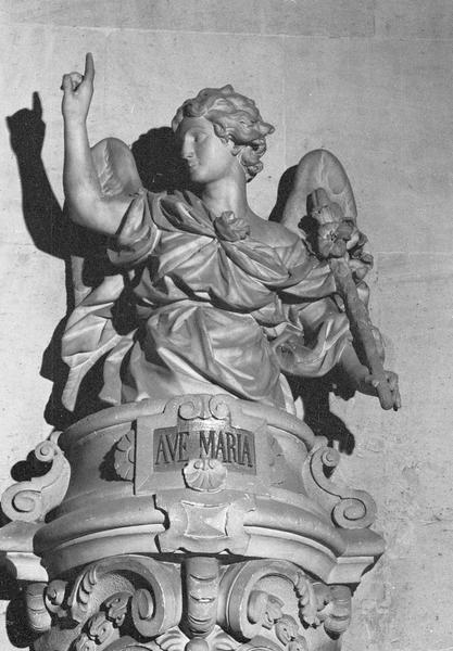 Statue, buste : l'archange Gabriel avec inscription 'Mater Dei'