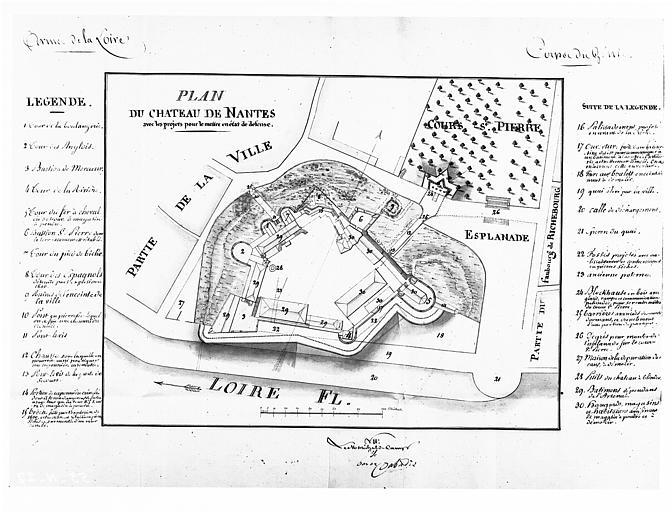 Plan du château avec projet pour le remettre en état de défense