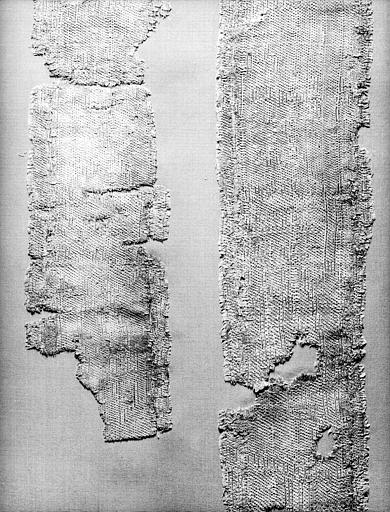Tissu vieil or et bleu vert : fragments
