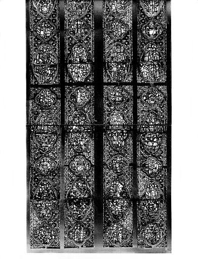 Vitrail, baie A, Légende de la Croix : partie inférieure