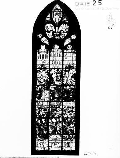 Photomontage de vitrail : baie 25, Scènes de l'enfance du Christ,  état avant restauration