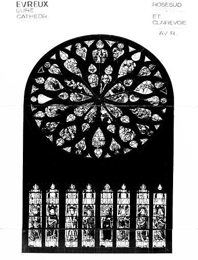 Photomontage de vitrail : rose sud, Couronnement de la Vierge et  apôtres, état avant restauration