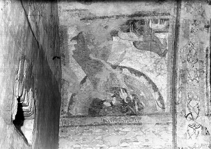 Voûtes du croisillon nord, partie ouest, restes de peintures  murales : Création des animaux