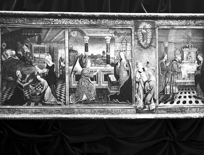 Retable de la Vie de la Vierge formé de sept panneaux peints :  Naissance de la Vierge, Annonciation, Sibylle de Tibur et  Présentation au Temple
