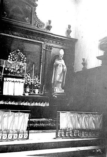 Maître-autel : partie droite