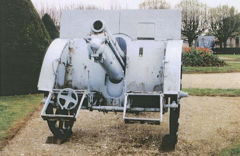 Canon de la première guerre mondial dit canon n°1