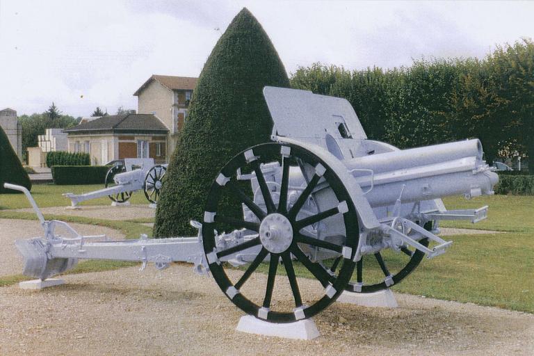 Canon de la première guerre mondial dit canon n°2