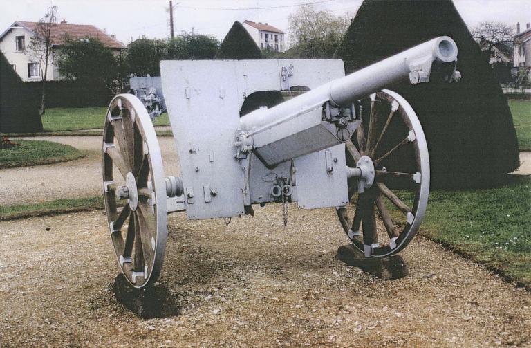 Canon de la première guerre mondial dit canon n°4