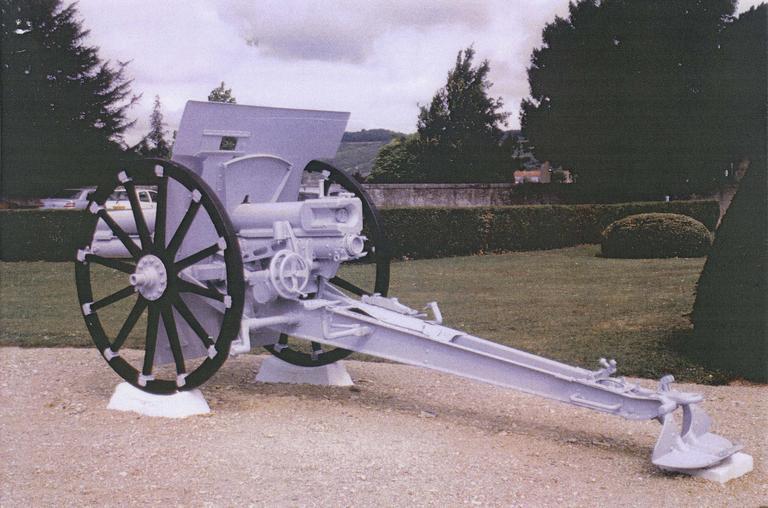 Canon de la première guerre mondial dit canon n°5