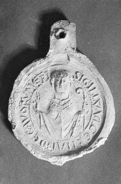 Sceau en plomb provenant de la tombe de l'évêque Ulger