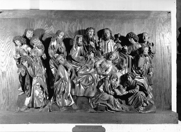 Groupe en bois polychromé, école rhénane : Dormition de la Vierge