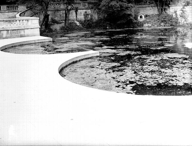 Bassin de la source