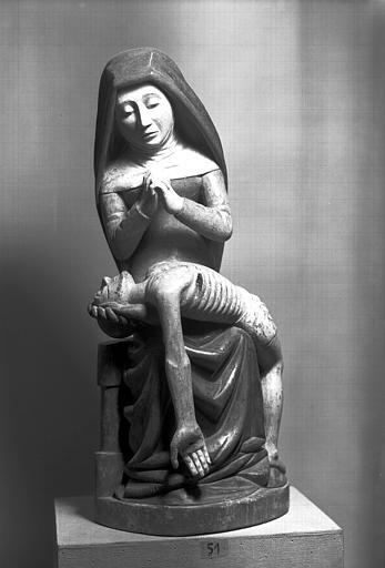 Groupe en bois polychromé moderne : Vierge de Pitié