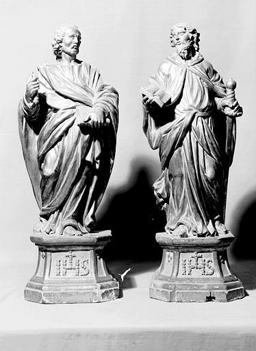 Statuettes en bois doré : saint Pierre et saint Paul