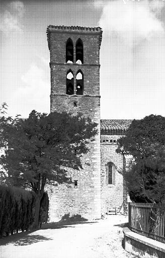 Eglise Saint-Julien et Sainte-Basilisse