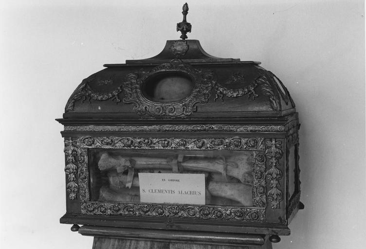 Châsse reliquaire de saint Clément Alacrius, avers