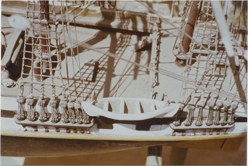 Maquette (maquette de procession) : M-J., détail