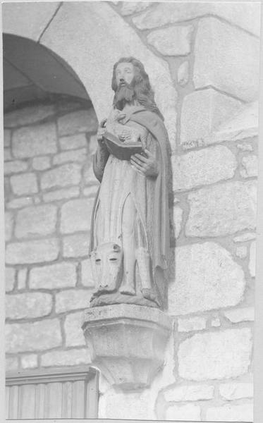 Statue : saint Jean-Baptiste, vue générale