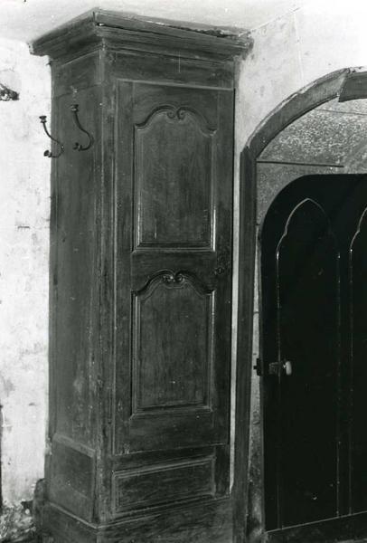 armoire de sacristie