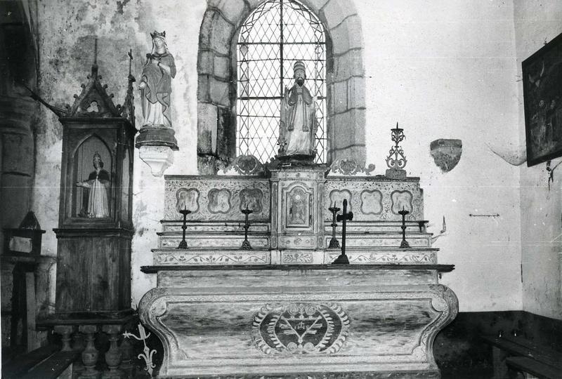 Autel et retable du transept sud