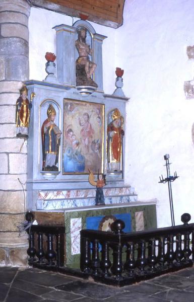 Autel et retable du transept sud, tableau : L'Enfant Jésus Sauveur et deux statues : Saint Méen et Saint Patern