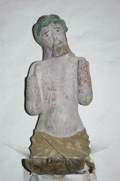 Statue : Christ montrant ses plaies