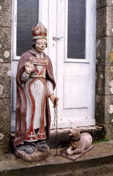 Groupe sculpté : Saint évêque (Bieuzy ?) et son chien