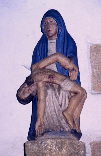 groupe sculpté : Vierge de Pitié (deux fiches pour la même sculpture)