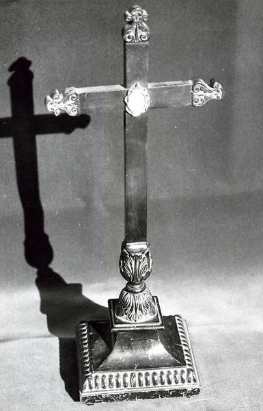 Croix-reliquaire n°2