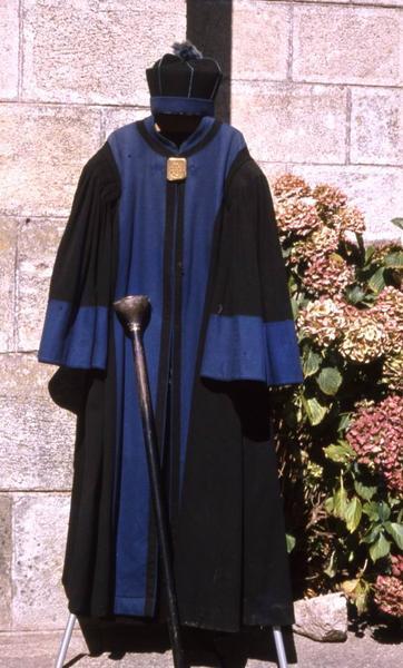 costume de bedeau