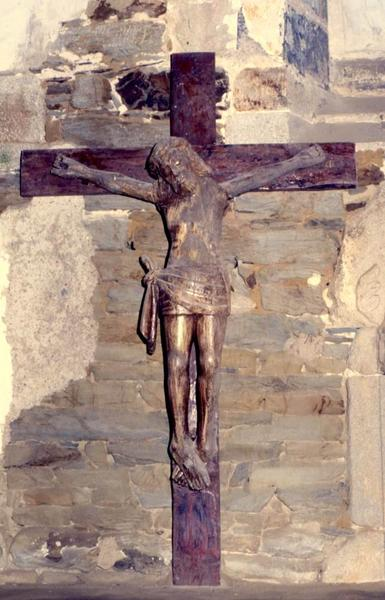 Statue : Christ en croix n°2