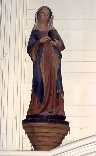 deux statues : Sainte Marie-Madeleine