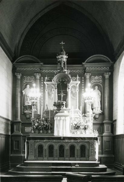 retable du maître-autel et ses deux statues : Saint Léry et Saint Mathurin