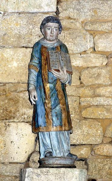 Statue : Saint diacre portant un livre (Saint Laurent ou Saint Etienne ?)
