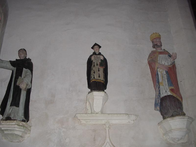 Ensemble de sept statues : Saint Yves, Saint Laurent, Saint Jean-Baptiste, Saint Pierre, Saint moine (saint Dominique ?), Saint Vincent Ferrier et Sainte Anne
