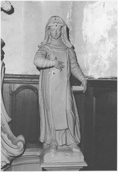 Statue : Sainte Scholastique